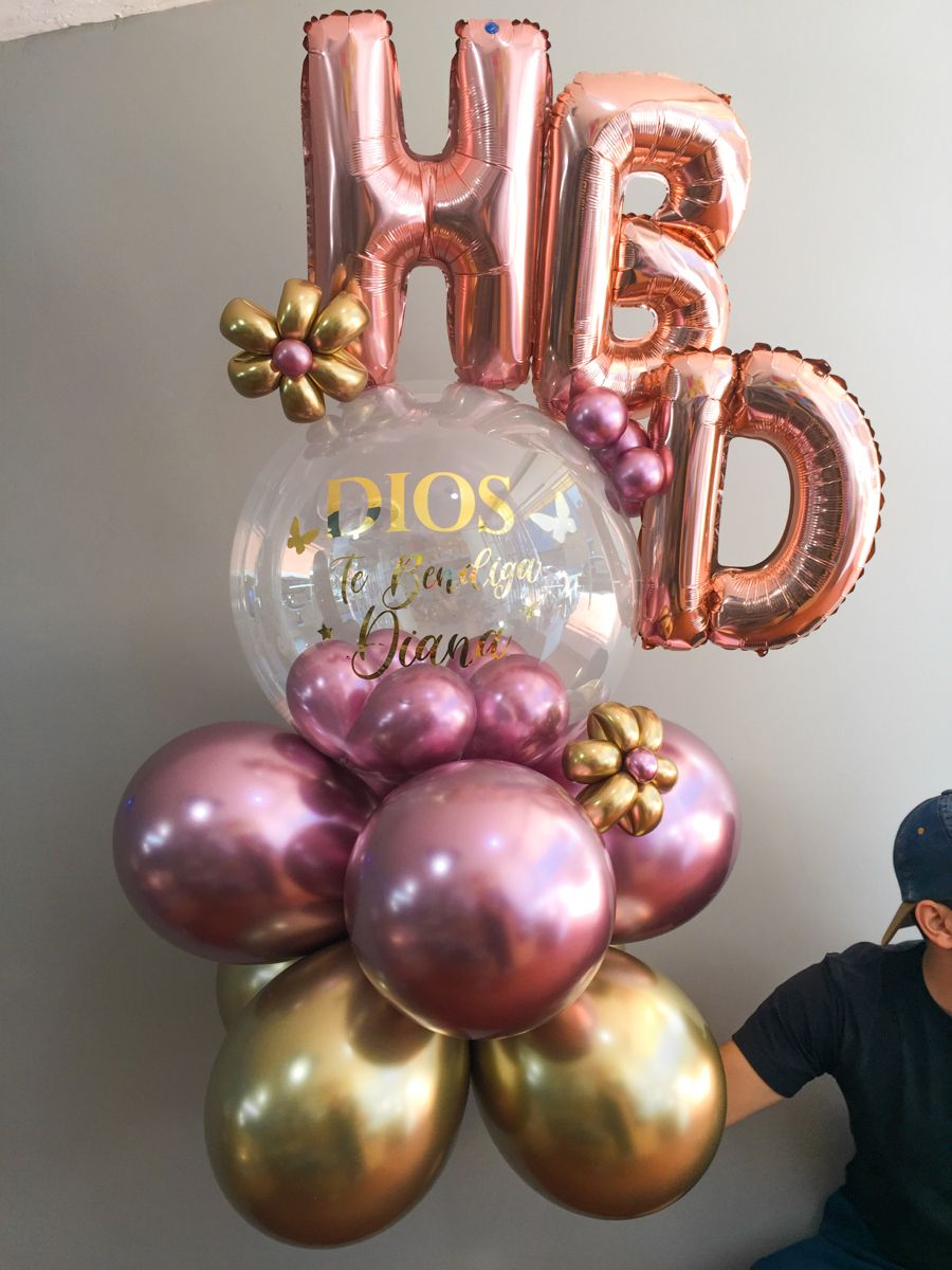 Balloon Bouquet In 2021 Balloon Bouquet Holiday Balloons Birthday Balloon Decorations 2021 new year balloons and gift