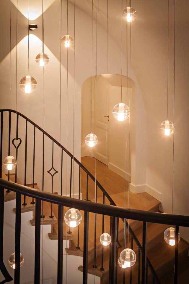 Hal met luxe trap met houten treden | hal inrichting | interieur inspiratie | hallway ideas | Hoog.design #halinrichting