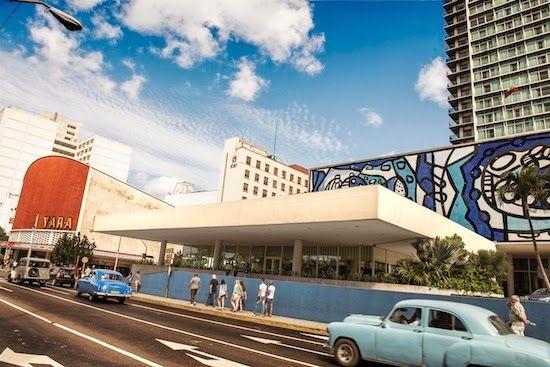 Habana libré y cine yara