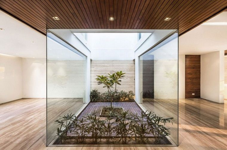 Patios interiores pequeños - ideas para una decoración moderna -