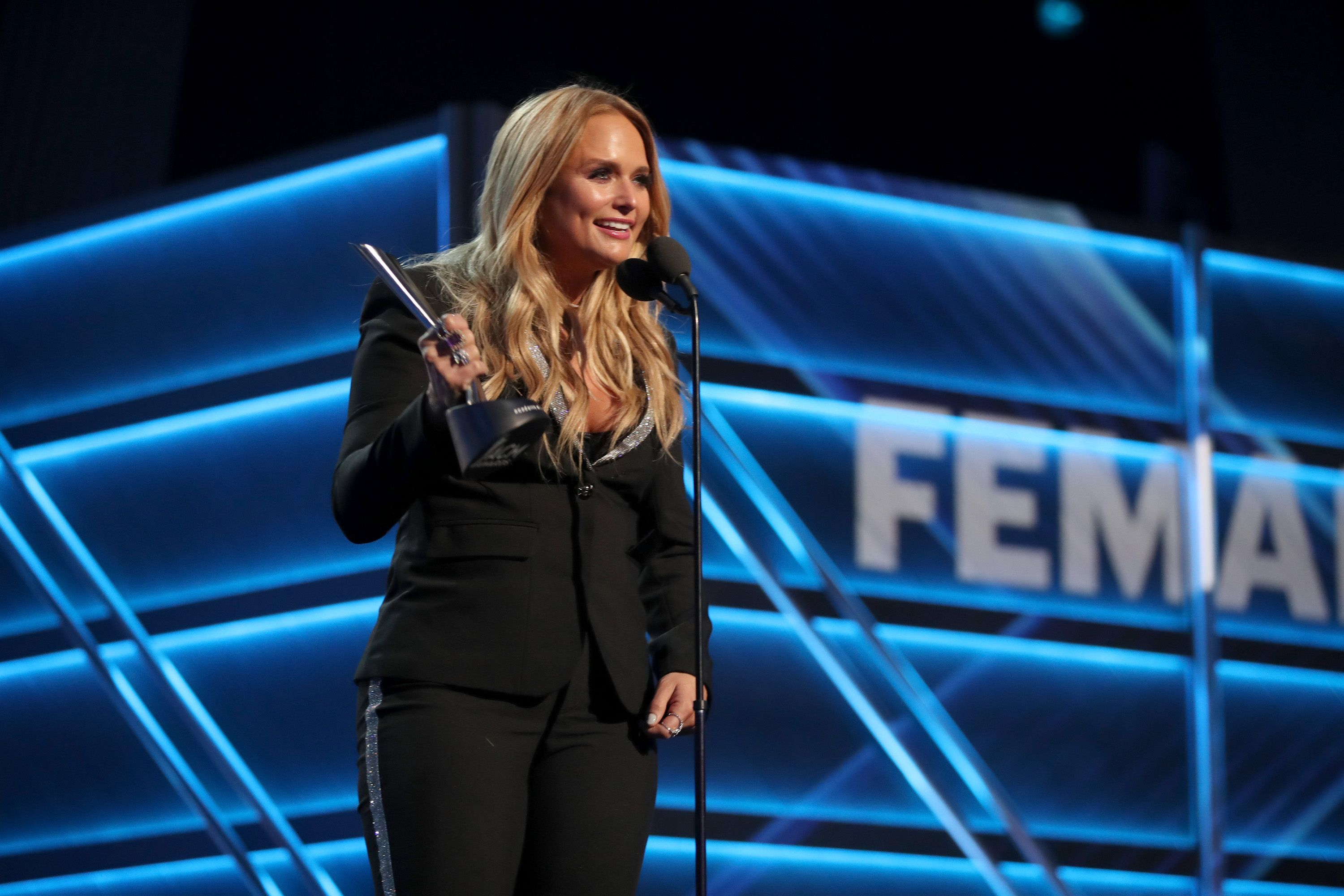 Miranda lambert takes home trophy for acm female vocalist of the