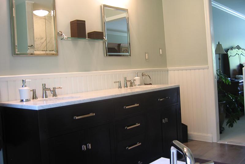Put Beadboard Over The Wall Tileamerican Beadboard In A Bathroom Custom Wainscoting Bathroom Design Decoration