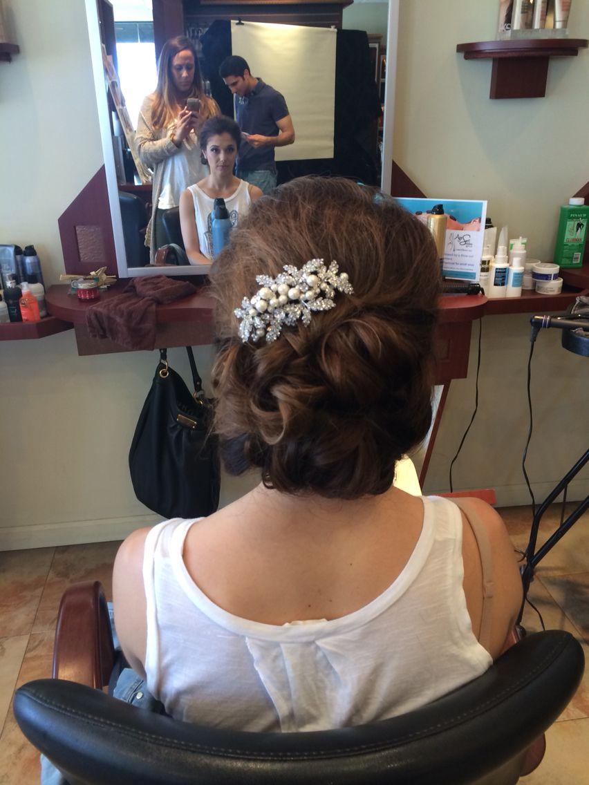 bridal undone bun with hair jewelry | Hair styles, Hair, Hair jewelry