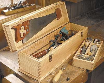 Carpenter 39 S Tool Box Plan Wood Working Projects Pinterest Box Woodworking And Woods