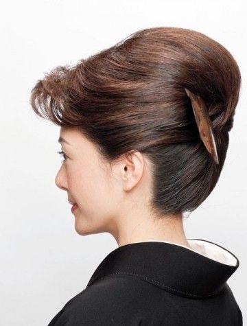黒留袖に合うヘアスタイル50選 子供の結婚式や特別な日の髪型 カウモ 着物 髪型 ロング 髪型 ロング 着物 髪型 ショート