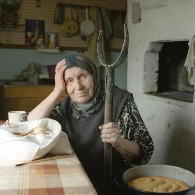 бабушка)