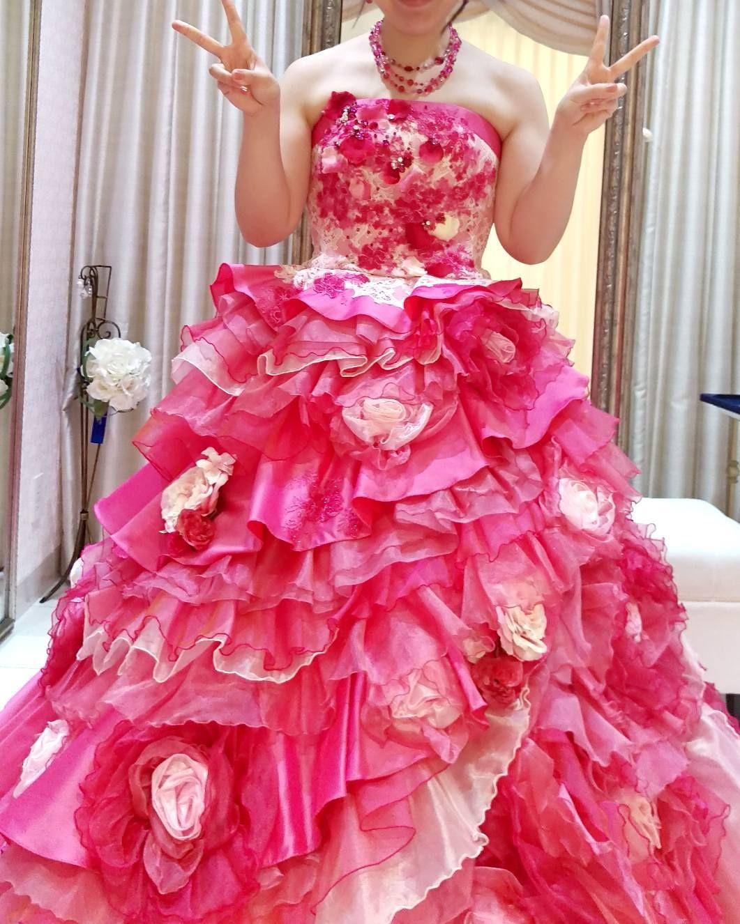 綺麗なチェリーピンクでした ドレス試着 カラードレス アニヴェルセル アニヴェルセル