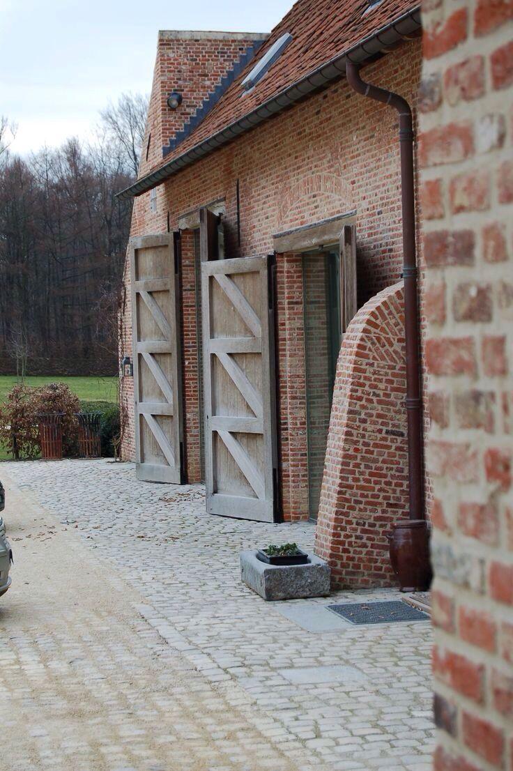 pingl par constant sur architectural pinterest maison brique et ext rieur. Black Bedroom Furniture Sets. Home Design Ideas