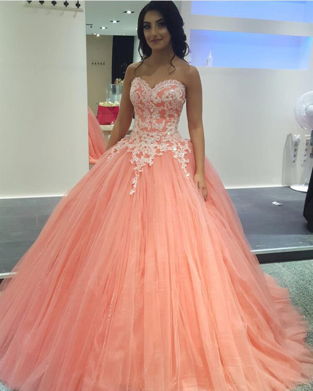 Pretty Lace Appliques Tulle Quinceanera Dresses Ball Gowns Quinceanera Dresses Coral Coral Prom Dress Pretty Prom Dresses [ 1554 x 1242 Pixel ]