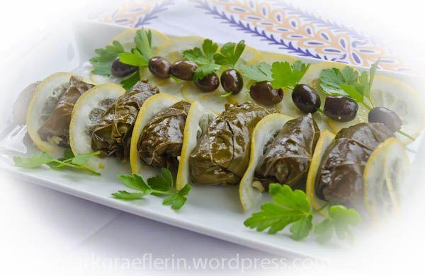 Armenisch-Griechische Küche – Die gefüllten Weinblätter von Arawni ...