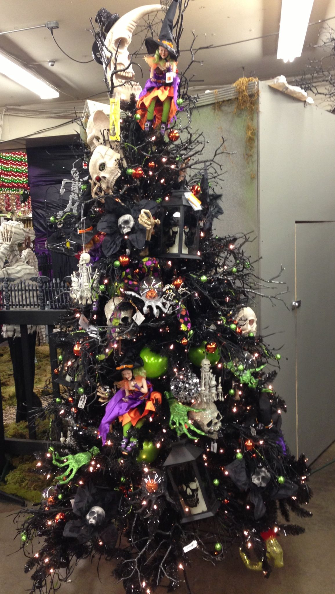 Halloween Christmas tree! Halloween decor Halloween