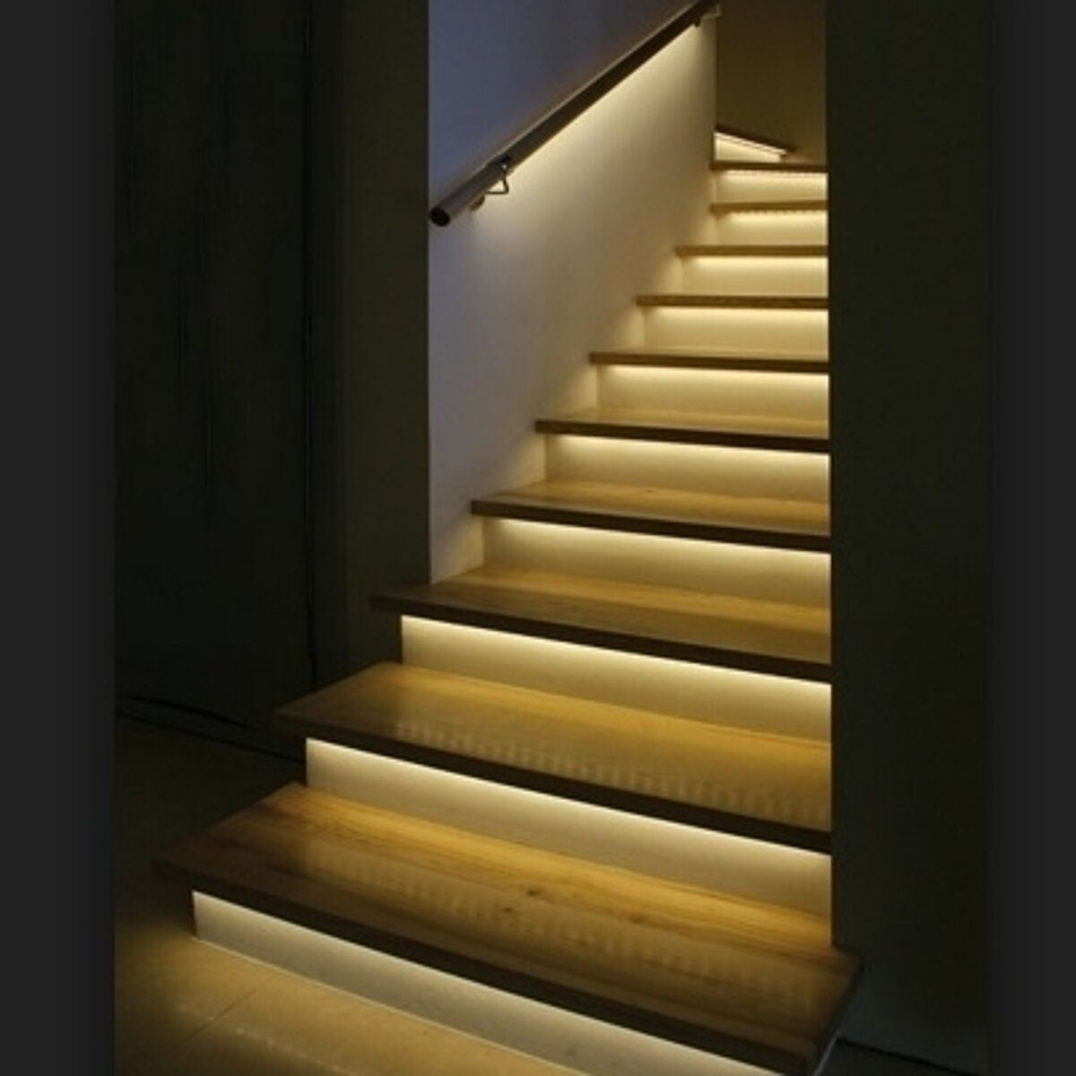 21 Staircase Lighting Design Ideas Pictures: Led Stair Lights, Staircase Lighting