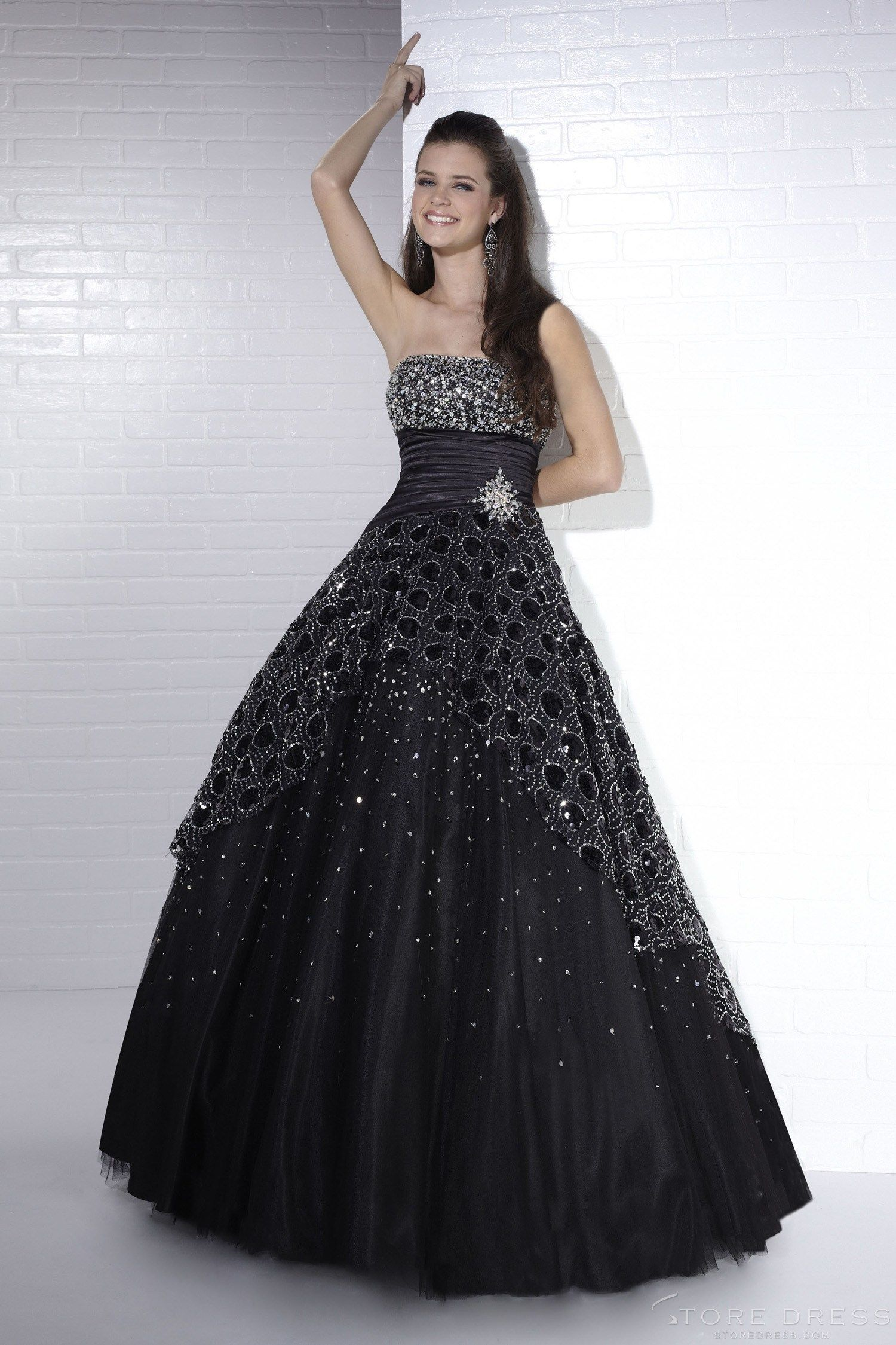 Short length sequins round neck ball gownquinceanera dress at