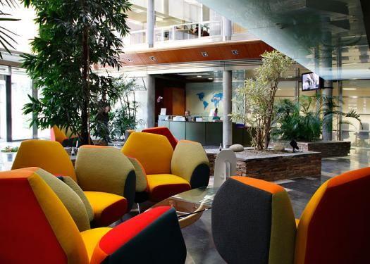 Sede sanitas fotos de sus ecol gicas oficinas en espa a dva bcnim - Oficinas centrales de sanitas en madrid ...