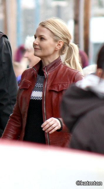 """Jennifer Morrison - Behind the scenes - 5 * 22 """"Only you"""" - 15 March 2016"""
