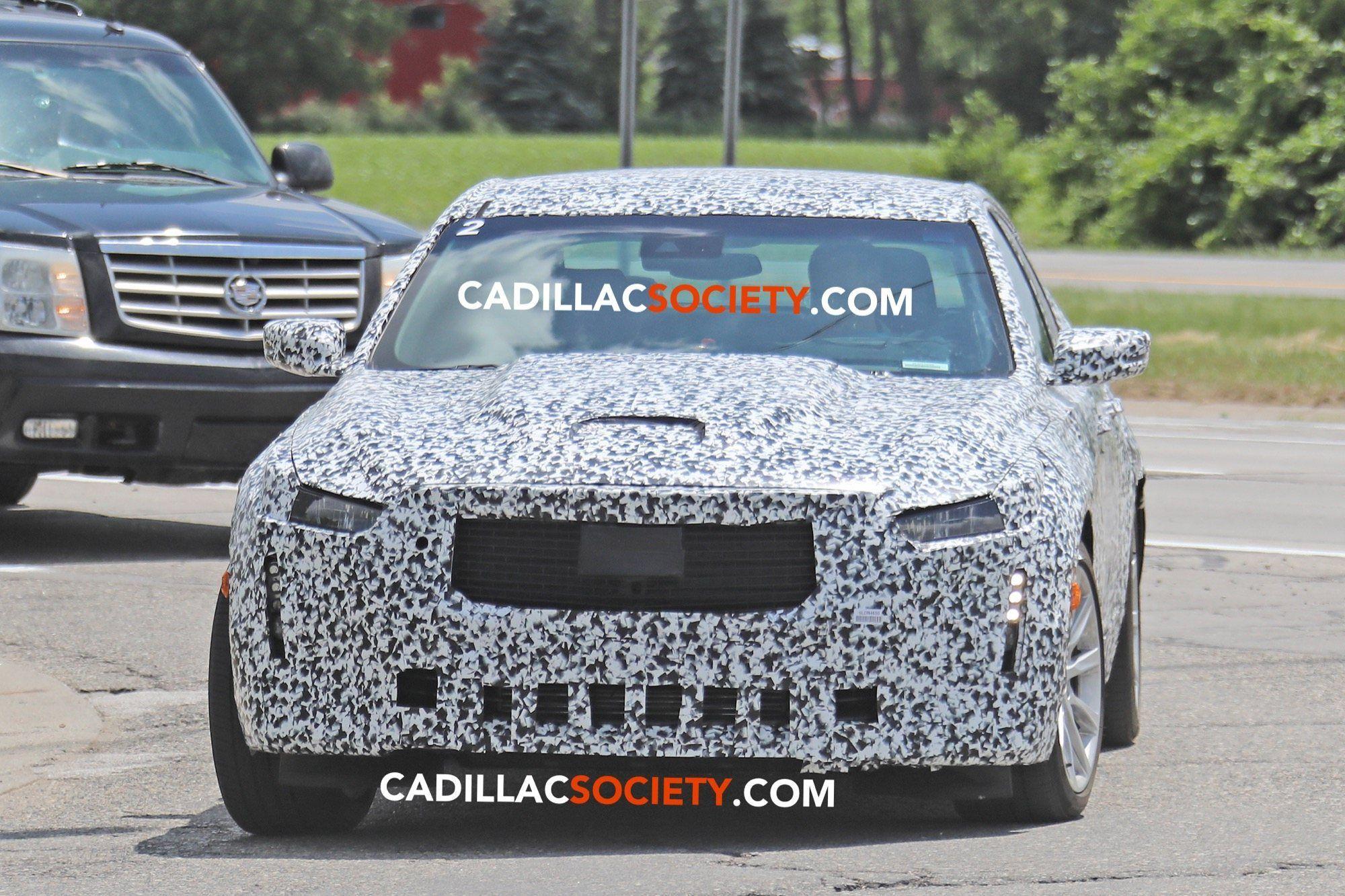 Konzept 2021 Cadillac SRXSpy Photos
