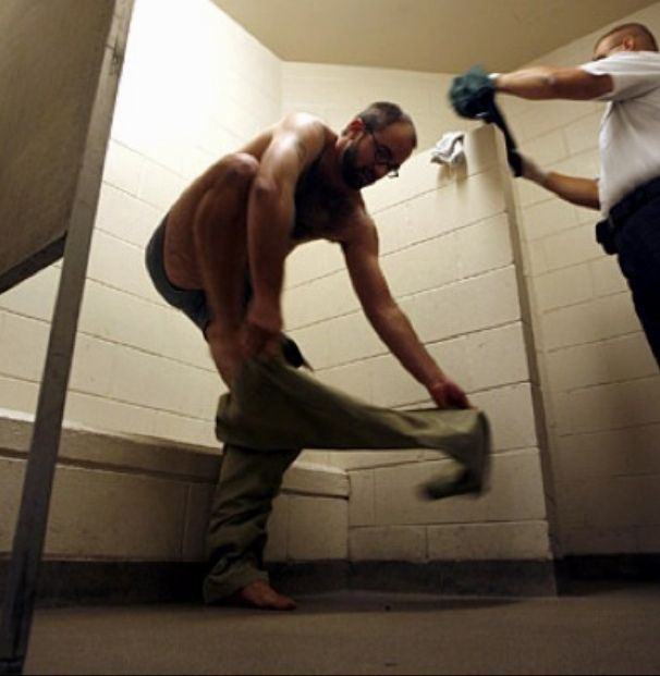 Inmate strip search county jail county jail httpsflicpbzvfbj inmate strip search county publicscrutiny Choice Image