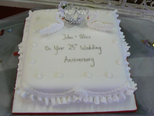 Cake Design For 25th Wedding Anniversary : Anniversary cakes on Pinterest 25th Wedding Anniversary ...