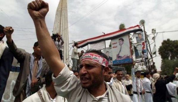 22 killed in clashes between the Houthis and the tribes allied with the government of Yemen