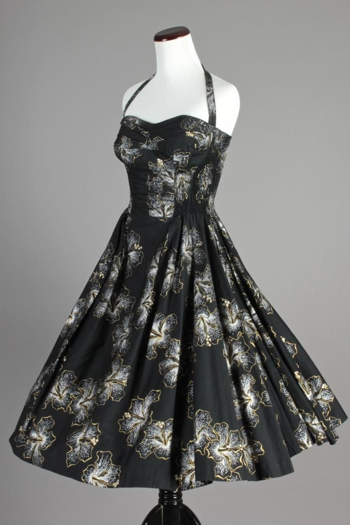 60s VTG Shaheen Blk Hawaiian Dress w/ Full Skirt in Gold & Silver ...