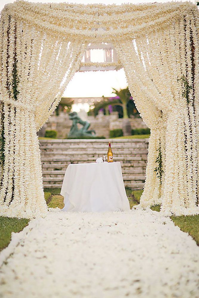 21 beautiful wedding arch ideas with flowers 17