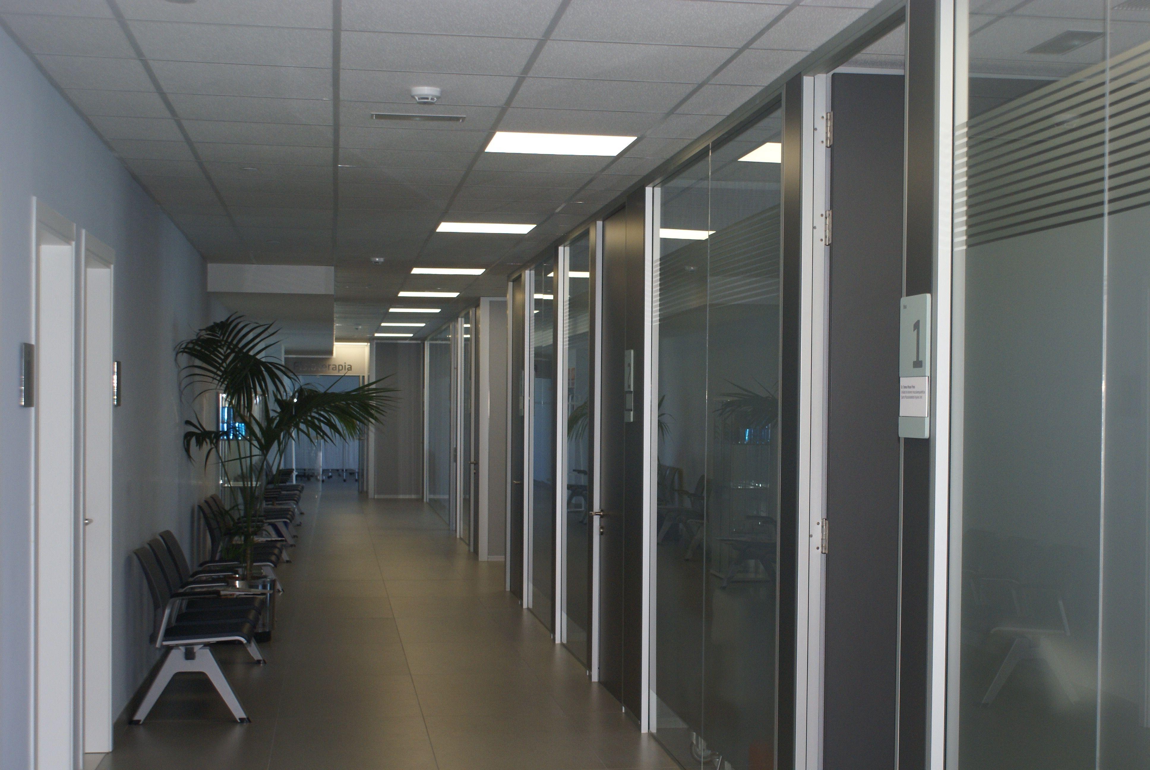 Proyecto Mobiliario Centro De Deporte Oficinas Entre Nuestras  # Muebles Registrables