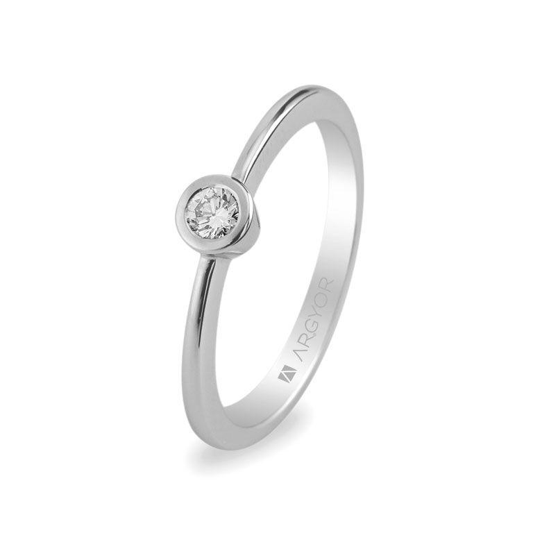 9a084444bbcf Sortija de compromiso con 1 diamante de 0.10 ct modelo Argyor 74B0006.