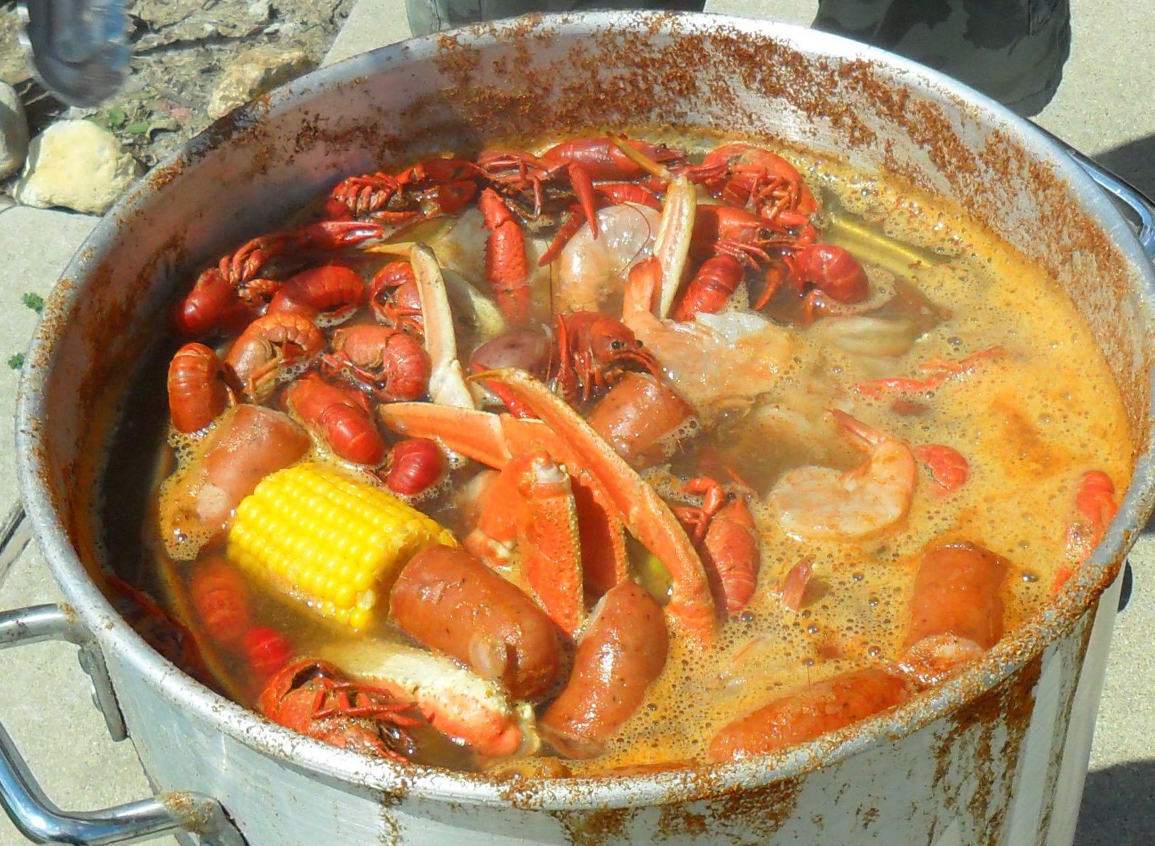 seafood boil mason u0027s favorite old bay seasoning sausage snow