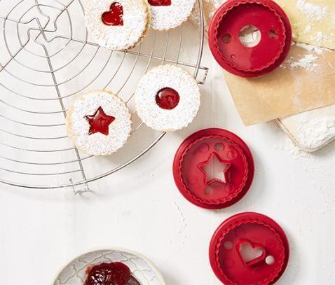 Linzer- és süteménykiszúró készlet 331807 a Tchibo-nál. 2495