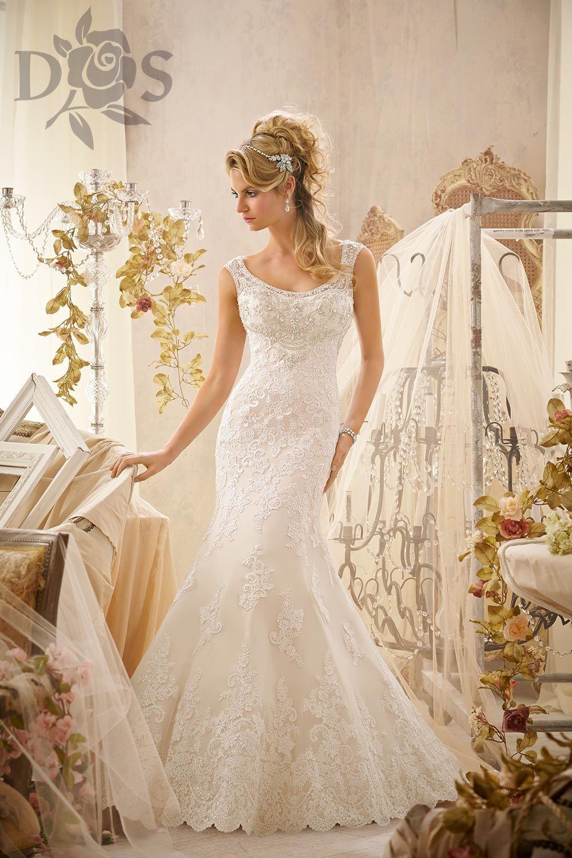 Color embroidered wedding dress  Abito da Sposa della Collezione  venduto nelluatelier Diana