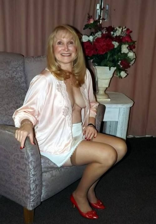 grannis cougar women Love a hot mature ladies and cougar looking for interesting sex videos take a look at some of the most sensational cougar videos ever.