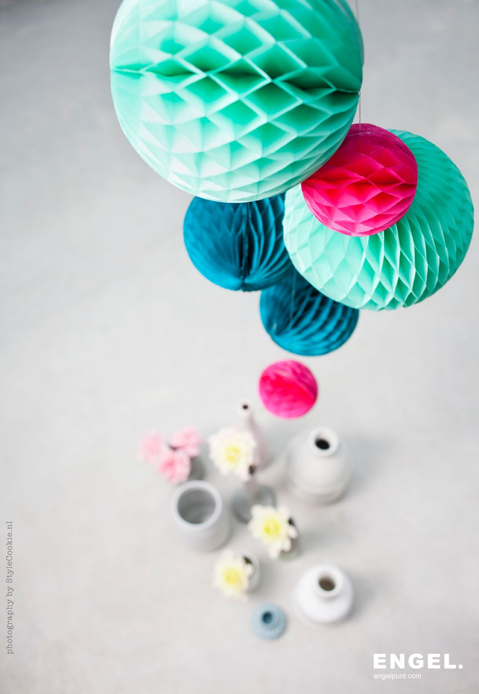 Ocean Honeycombset By Engel Photography And Styling By Stylecookie Nl Boule De Papier Objet Decoration Decorations De Table De Fete