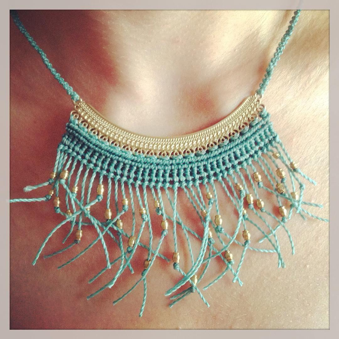 """ʜᴇᴀʟɪɴɢ ♡ ʙᴏʜᴏ ♡ ᴍᴀᴄʀᴀᴍᴇ on Instagram: """"New necklace with ecuatorian beads, made with love #macrame #macramejewelry #macramenecklace #wahlovemacrame #elarcodemaria"""""""