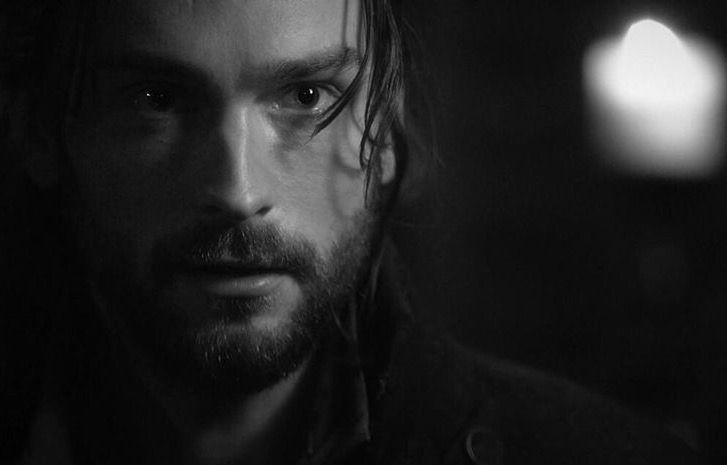 #SleepyHollow #RenewSleepyHollow   Tom Mison  @SleepyHollowFOX catch up @FOXNOW