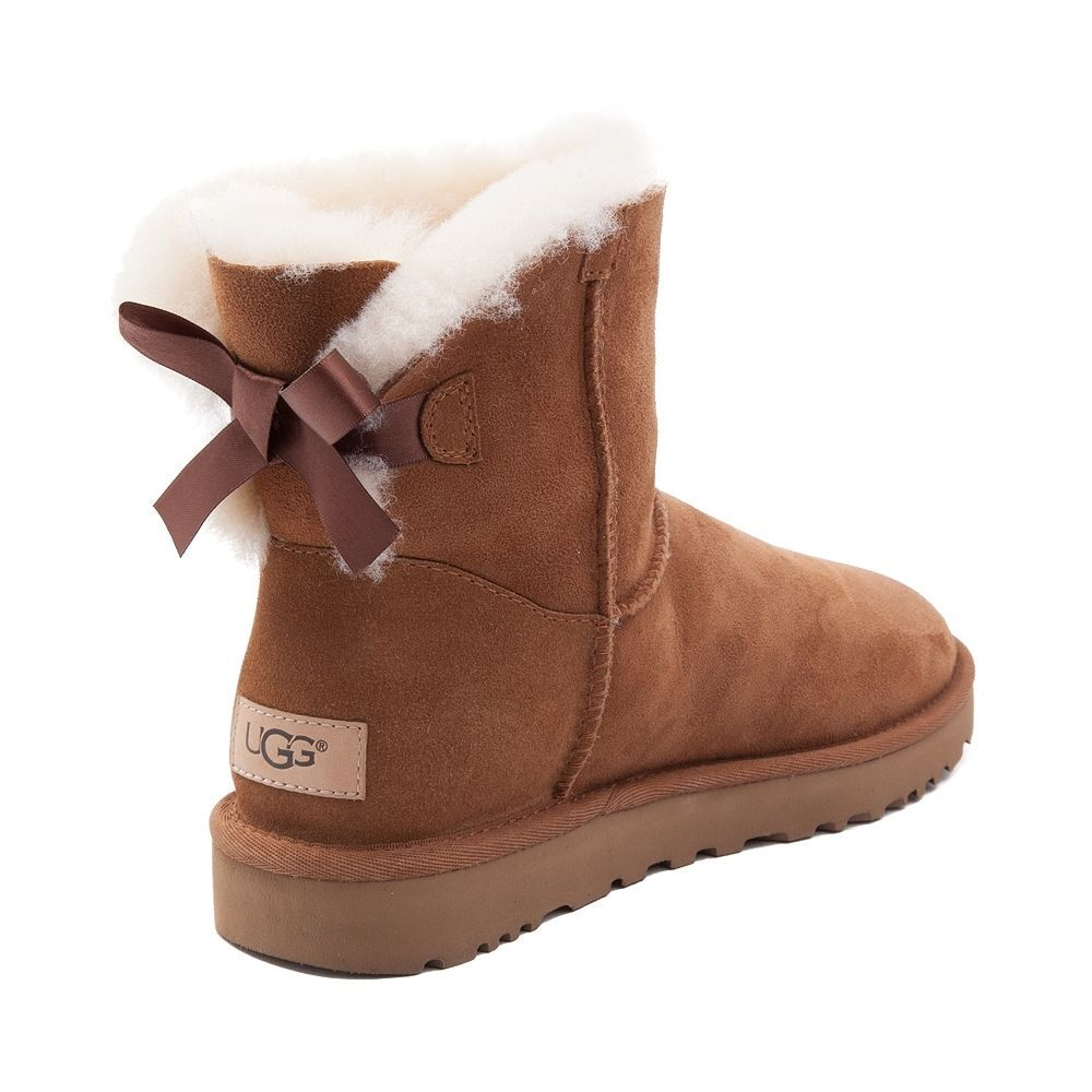 chestnut ugg mini