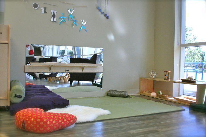 le nido montessori maison pinterest enfant montessori et bebe. Black Bedroom Furniture Sets. Home Design Ideas