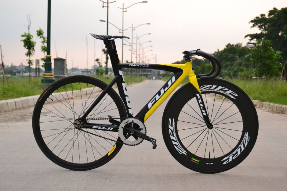 "bikeplanet: "" Fuji Track Pro "" | Bicycles | Pinterest | Fuji, Fixie ..."