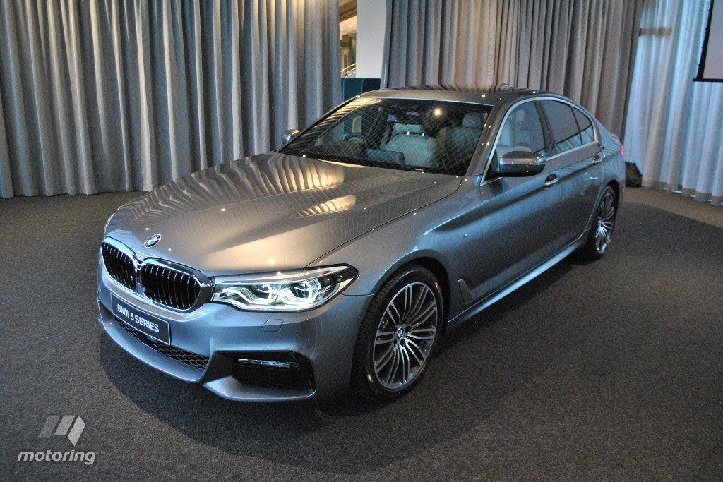 Recap - 2017 BMW 5 Series - In 14 Live Images