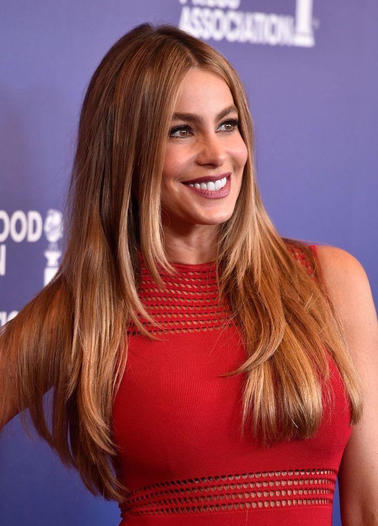 Sofia Vergara Layered Cut Fashion And Beauty Pinterest Hair
