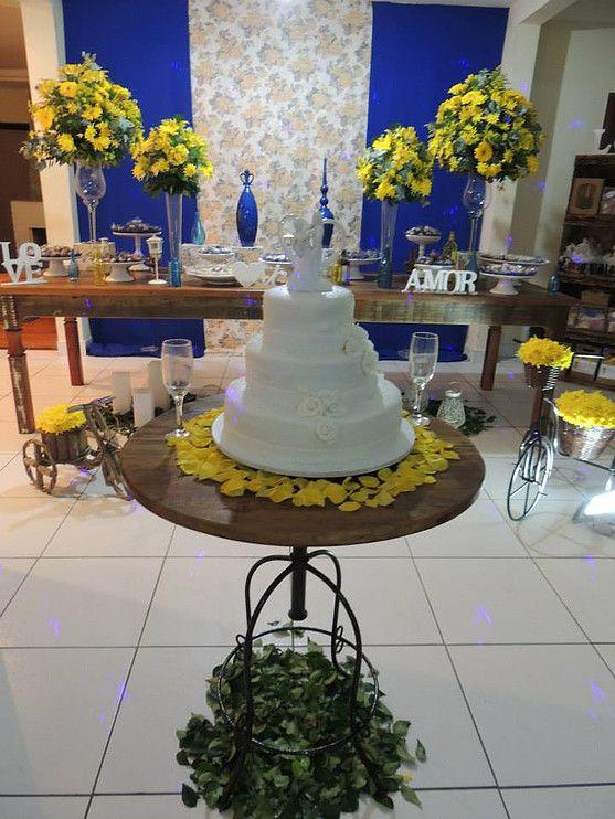 85b107372a Focus Festas e Eventos | Azul Royal e Amarelo - Demolição | Cake ...