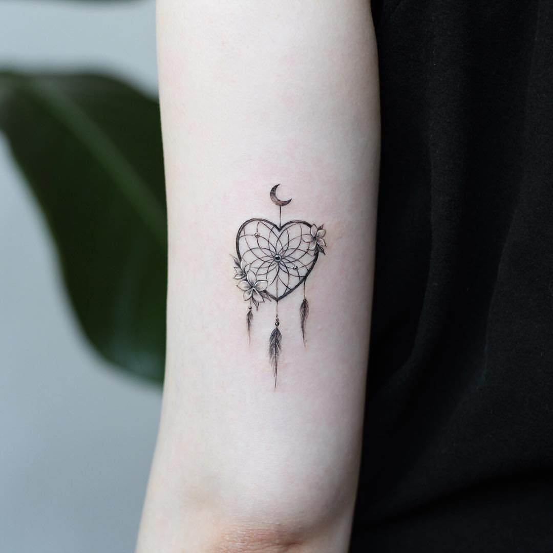8f32a5b3eb31f STUDIOBYSOL_vane (vane_tattoo_) • Instagram Posts, Videos & Stories #picoji  • Heart dreamcatcher