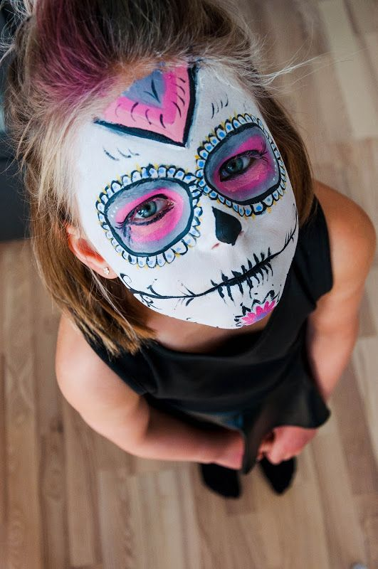 facepainting a sugarskull #facepaint #sugarskull