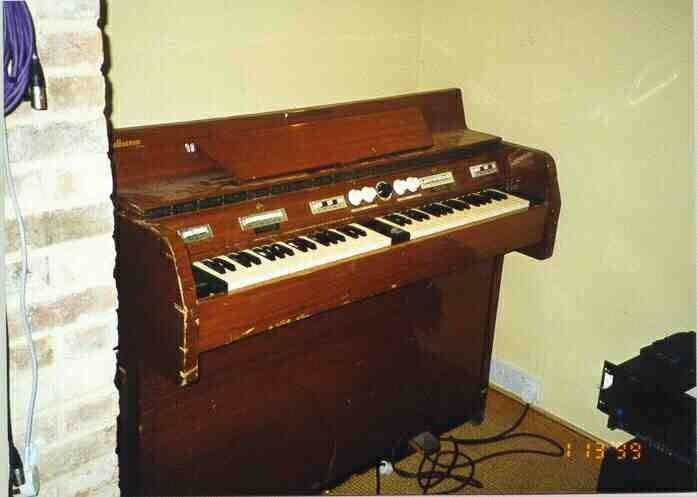 King Crimson's mellotron used in recording In The Court of the Crimson King!!!