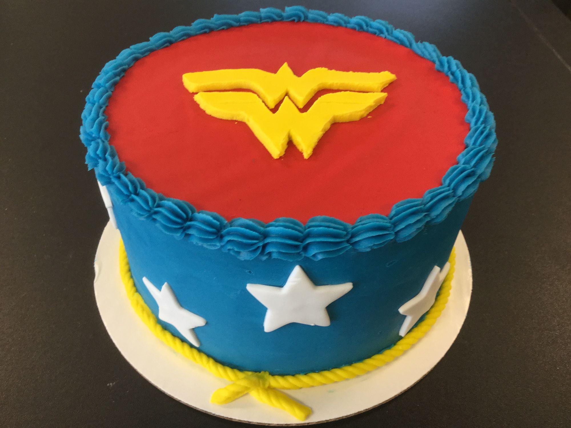 Wonder Woman Cake Wonder Woman Birthday Cake Wonder Woman Cake