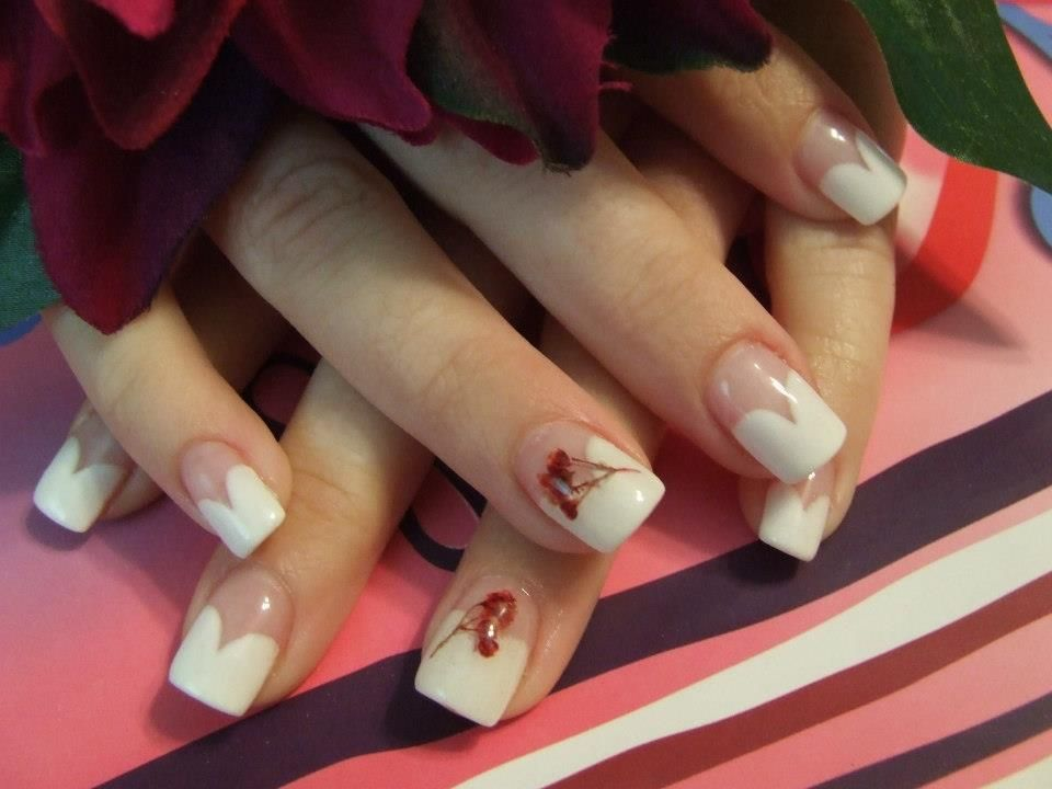 White Rounded Tips With Real Dryed And Pressed Flowers Under Gel Nails