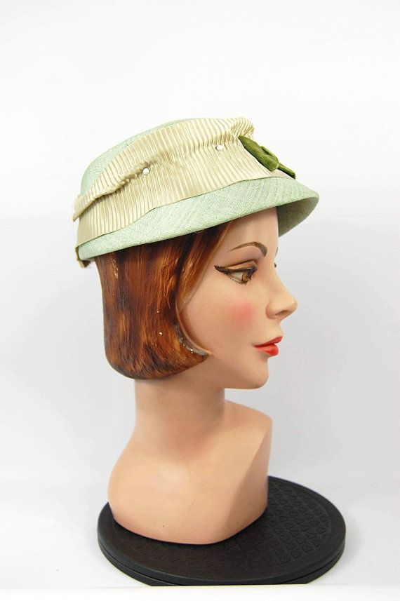 50s mint green hat - vintage 50s hat - Mid Late 50s Olive Green Sage Green  Bucket Hat Pillbox Pearl 51a56ad8b75