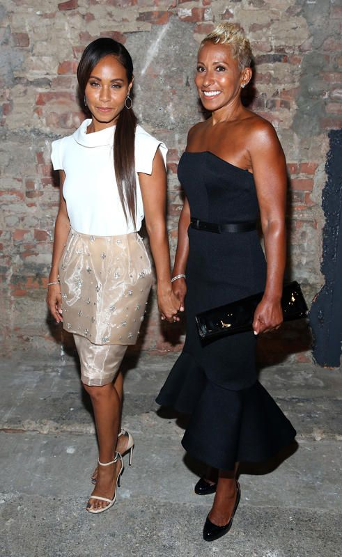 Jada Pinkett Smith and Adrienne Banfield-Jones | Fashion ... | 491 x 800 jpeg 68kB