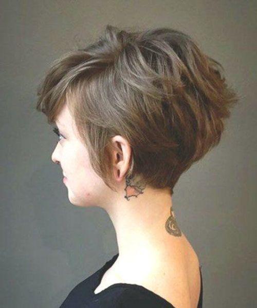 18 kurze braune Frisuren 2020 mit Fizz Haircut und Styles braune f
