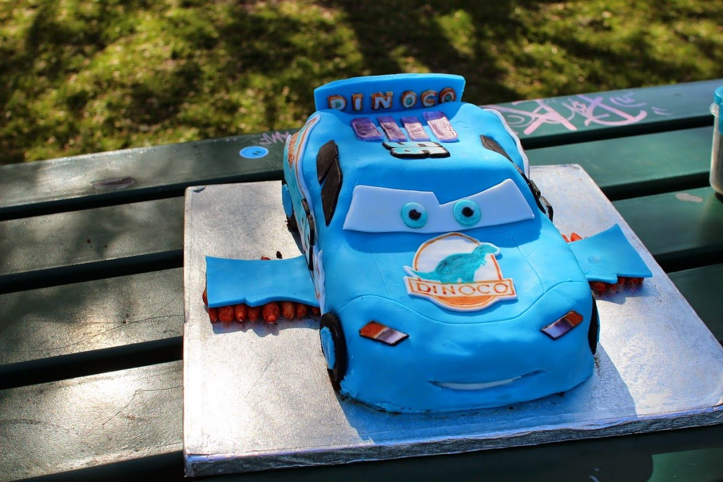 Blue lightning mcqueen with wings storm cake made with the help blue lightning mcqueen with wings storm cake made with the help of youtube cars baditri Choice Image