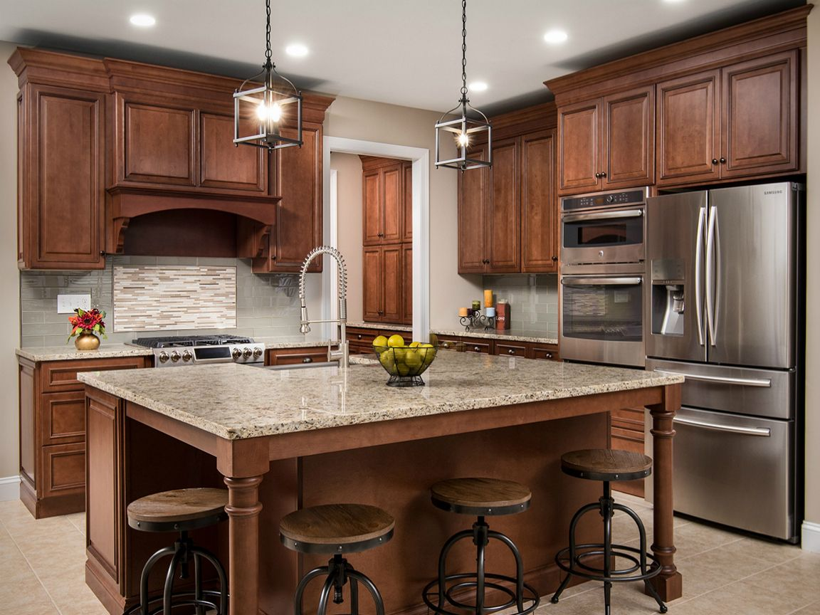 Fabuwood Wellington Cinnamon Kitchen Cabinets Are Elegant Warm And Rich Hued They Will Set T Kitchen Cabinet Remodel Kitchen Remodel Custom Kitchen Cabinets